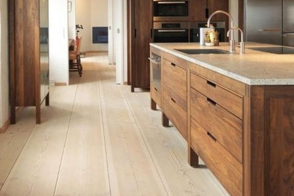 engineered-wood-floor-in-kitchen-13